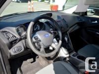 Make Ford Model Escape Year 2015 Colour Grey kms 71795