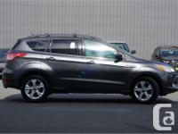 Make Ford Model Escape Year 2015 Colour Grey kms