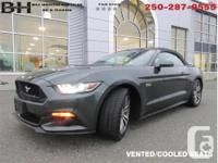 Make Ford Model Mustang Year 2015 Colour Green kms