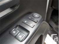 Make GMC Model Sierra 1500 Year 2015 Colour White kms