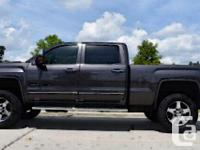 2015 GMC Sierra 2500 Denali NEVER SMOKED IN 2015 GMC