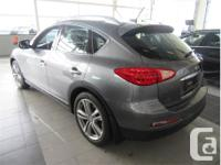 Make Infiniti Model QX50 Year 2015 Colour Grey kms