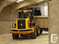 437 Agri Wheel Loader The JCB 437 Agri wheel loader is