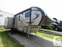 2015 PRIME-TIME SHOW MFG CRUSADER 294RLT. Fifth Wheel.
