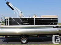 This 2016-2086 (20' package) Sweetwater pontoon comes