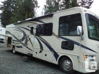 The pre-owned Windsport 34J Bunk Model with a Full