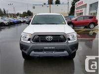 Make Toyota Model Tacoma Year 2015 Colour White kms