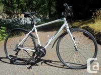 2015 Trek FX 7.5 in very good condition Color : Trek