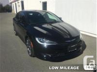 Make Chrysler Model 200 Year 2016 Colour Gloss Black