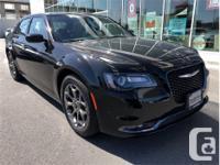 Make Chrysler Model 300 Year 2016 Colour Black kms