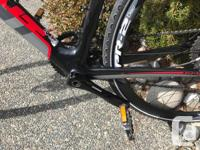 Giant Fastroad Comax 1 - A Full Carbon hybrid bike in