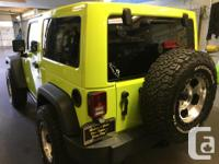 Make Jeep Model Wrangler Year 2016 Colour GREEN kms