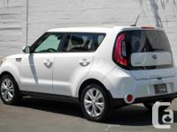 Make Kia Model Soul Year 2016 Colour White kms 35000