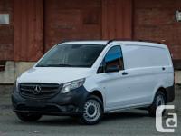 Make Mercedes-Benz Model Metris Year 2016 Colour White