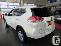 Make Nissan Model Rogue Year 2016 Colour White kms