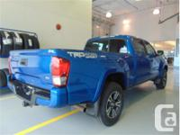 Make Toyota Model Tacoma Year 2016 Colour Blue kms