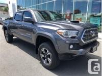 Make Toyota Model Tacoma Year 2016 Colour Grey kms