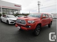 Make Toyota Model Tacoma Year 2016 Colour Orange kms