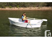 Weighing only 71 lbs the Walker Bay eight is easy for 1