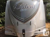 2016 Forest River Wildcat Maxx 33' travel trailer,