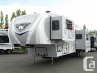 This 5th wheel is simply AMAZING! Built with the foodie