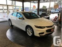 Make Chevrolet Model Malibu Year 2017 Colour White kms