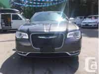 Make Chrysler Model 300C Year 2017 Colour Grey kms
