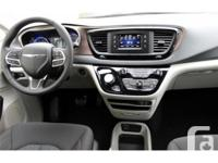 Make Chrysler Year 2017 Colour grey Trans Automatic