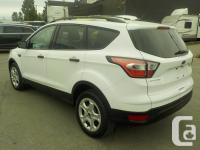 Make Ford Model Escape Year 2017 Colour White kms