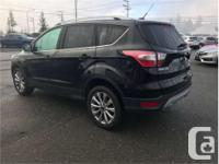 Make Ford Model Escape Year 2017 kms 35479 Trans