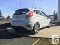 Make Ford Model Fiesta Year 2017 Colour White kms 3523
