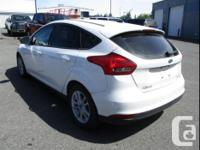 Make Ford Model Focus Year 2017 Colour Oxford White
