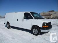 Make GMC Model Savana Cargo Van Year 2017 Colour White