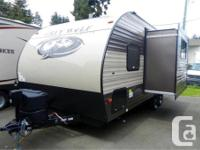 Price: $28,995 Stock Number: RV-1590 Power Awning w LED