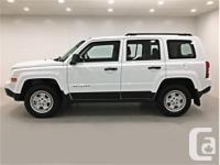 Make Jeep Model Patriot Year 2017 Colour Bright White