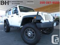 Make Jeep Model Wrangler Year 2017 Colour White kms 25