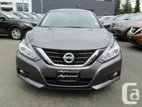 Make Nissan Model Altima Year 2017 Colour Gray kms