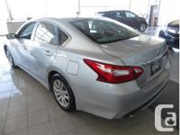 Make Nissan Model Altima Year 2017 Colour Silver kms