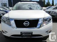 Make Nissan Model Pathfinder Year 2017 Colour White