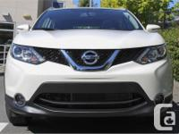 Make Nissan Model Qashqai Year 2017 Colour White kms