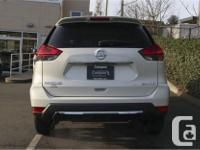 Make Nissan Model Rogue Year 2017 Colour White kms