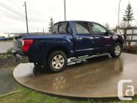 Make Nissan Model Titan Year 2017 Colour blue kms