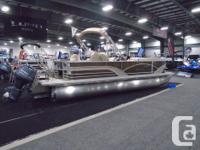 The Mirage 8522 CR pontoon boat by Sylvan combines