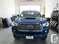 Make Toyota Model Tacoma Year 2017 Colour Blue kms