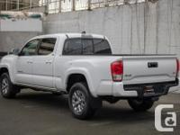Make Toyota Model Tacoma Year 2017 Colour White kms