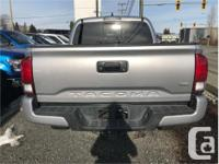 Make Toyota Model Tacoma Year 2017 Colour Silver kms