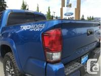 Make Toyota Model Tacoma Year 2017 Colour Blue kms