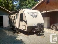 2017 winnebago 22ft model 2106DS champagne color couch