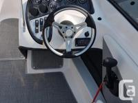 This sleek 17.5 foot Allante Bowrider Outboard comes