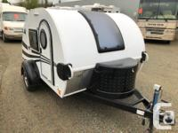 Teardrop travel trailer that comes with a stereo